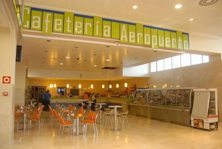 Proyecto de rehabilita ion y wreforma del aeropuerto de Badajoz, cafetería restaurante, y Cocinaa