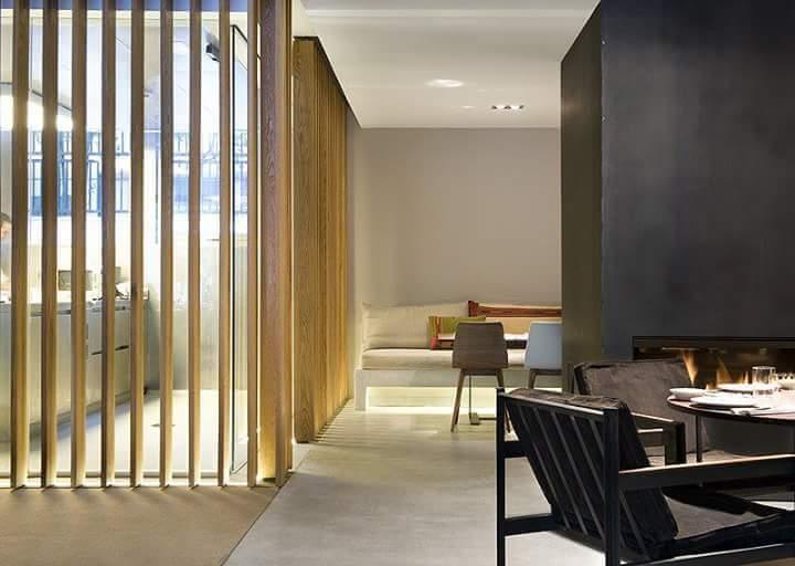 Proyecto y diseño del interiorismo de un hotel todas las zonas comunes , habitaciones spa, restaurantes cafeterías . Etc.